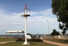 Arno Bay