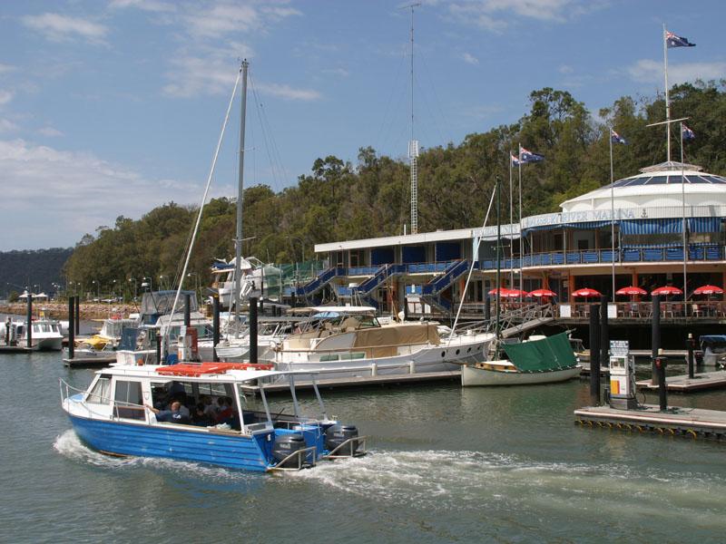 Water taxi brooklyn nsw