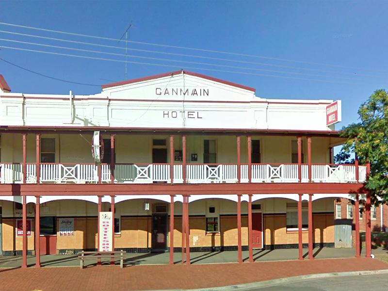 Ganmain Hotel.jpg
