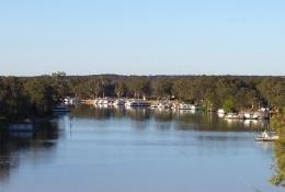 Houseboats.jpg