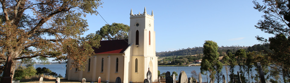 St Matthias Church, which was completed in 1842, claims to be the oldest, continuously used church in Australia. It was designed by a Launceston architect, Robert de Little, and built in a Colonial Gothic style, by Henry Howard.